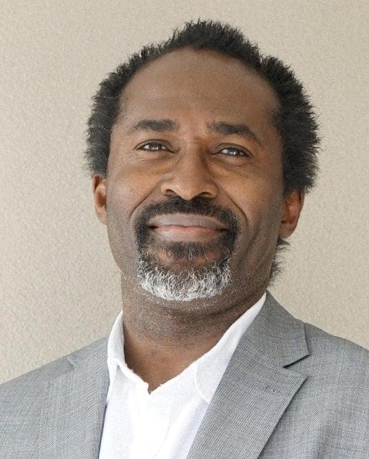 Dr David Onu